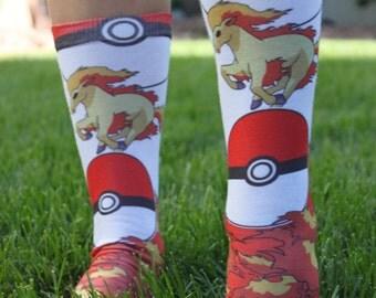 aller pokemon ponyta chaussettes chaussette de pokemon cheval fun cadeaux danniversaire cool chaussettes dcole bas de nol pokemon