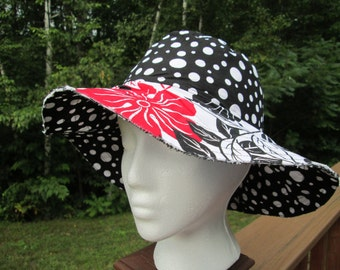 Black, Red and White Reversible Floppy Brim Sun Hat