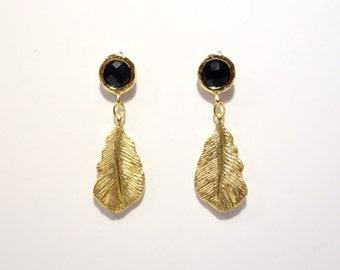 Earrings feather black