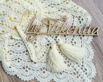 Baktus crocheted cream