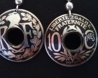 Earrings with 10 french cts parts.