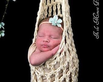 Crochet stork pod - hanging pod - newborn photo prop - chunky weaved - baby girl - baby boy