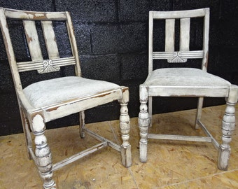 A Pair of Oak 1940's chair's