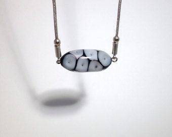 Black and white pendant//Murano pendant//Lampwork pendant//Glass pendant//Eyes pendant//Minimalist jewel//Contemporary jewel//
