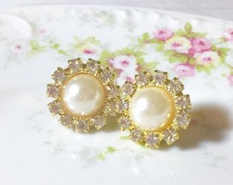 Lightweight Big Rhinestone and Pearl Wedding Bridal Flower Stud Earrings with Surgical Steel Posts (SE2)