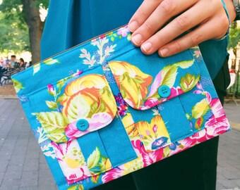 Wristlet Wallet, Fabric Wallet Wristlet for Women, Turquoise Wristlet Purse, Large Wristlet, Wallet Purse, Wrist Wallet