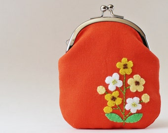 Kiss lock coin purse / card case - yellow flowers on orange, business card holder, spring flower applique, retro flower, white, change purse