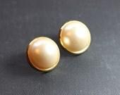 Vintage Pearl Earrings Gold Earrings White Pearl Post Earrings 1980s