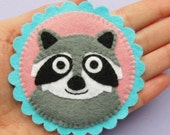 Raccoon Brooch, cute felt brooch