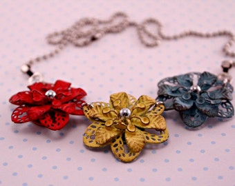 Colorful Metal Trio Flower Necklace on 16 Inch Ballchain