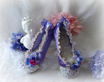 Vintage Ballet Slippers,  Lavender Ballet Shoes, Ballet Decor, Lavender and Lace Ballet Gift, Lace Ballet Slippers