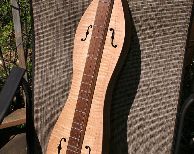 Mountain Dulcimer, Curly Maple 4-string Hour-glass, f-note Sound-holes with Optional 2-band Electric