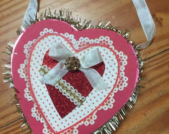 Hanging Valentines heart box