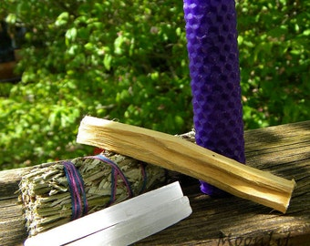 Witch's Intuition Sacred Space Set - Mugwort Bundle, Selenite Wands, Palo Santo Wood, Beeswax Candle, Pagan Smudge Kit, Wiccan Altar Kit