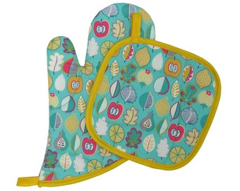 Fruit and Leaves Oven Mitt and Pot Holder Set