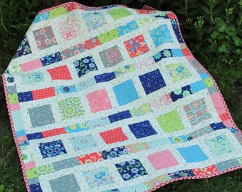 PDF Baby QUILT PATTERN....Quick and Easy...2 Charm Square Packs or Fat Quarters, Flowers in the Sunshine