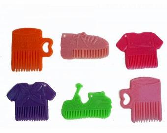 6 x Vintage Novelty Comb Plastic Pendants