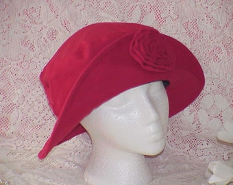 Vintage Steampunk Women's Red Felt Slouchy Cloche Hat with Fabric Flower