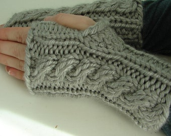 Pattern Hand Knit Fingerless Gloves Hand Warmers Toples Mitts Mittens Lady Handwarmer Pattern with Cable Pattern