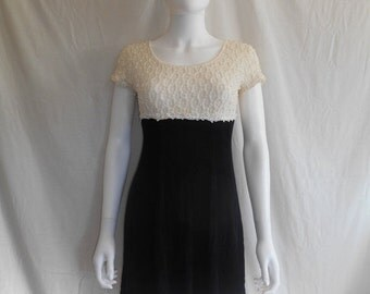Vintage 90s lace ribbed short dress, black white dress 90s