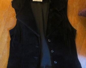50% Off SALE Vintage Black Velvet Fitted Vest Medium Large Gothic Steampunk