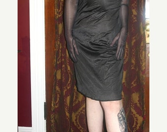 SALE Vintage Union Label Ladies Black Full Slip Size 34