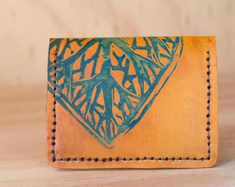Front Pocket Wallet - Leather Card Wallet with Leaf Pattern - Small Wallet in blue and antique tan
