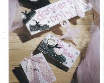 Dancer's Decor ~ plastic canvas pattern  ~  Annie's