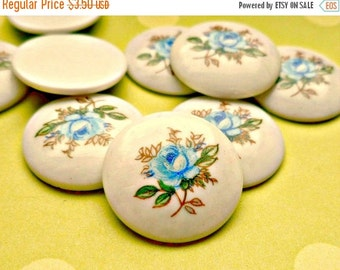 Christmas in July Sale - Vintage Cabochons - 4  Japanese 18mm Flower Cabs (10-6B-4)