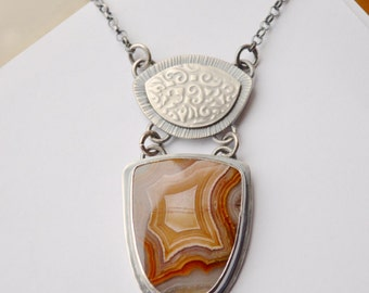 Agua Nueva Agate Necklace Handcrafted in Silver, Modern Rustic Boho Chic Jewelry