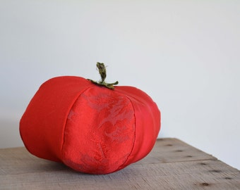 Heirloom Red Beefsteak Tomato - Stuffed Vegetable Decor