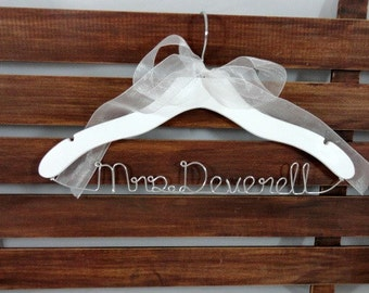 White Wedding Dress Hangers Bridal Accessories Bridal Hangers Bride Coat hanger Personalized Hangers Bridal Photo Props