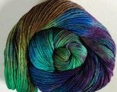 Hand dyed merino tussah silk dk  3.5 ozs 100 g 210 yards Paua