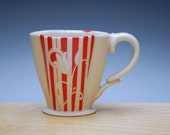 Red Stripe & Tulip Deluxe Clover cup in Ivory, Victorian mod