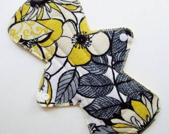 """11"""" Heavy Cotton Flannel Cloth Menstrual Pad, Black White Yellow Flowers Leaves, Incontinence Pad Flared Contoured Pad Sanpro, Plus Size Pad"""