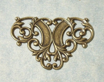1 Antique Brass Floral Stamping, 44 x 30mm Necklace Focal Point, Victorian Necklace Connector