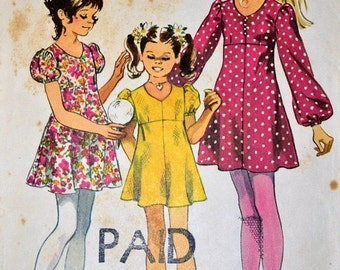 ON SALE Vintage Sewing Pattern Simplicity 9848 Girl's  Dress Size 10  Breast 28.5 inches Complete