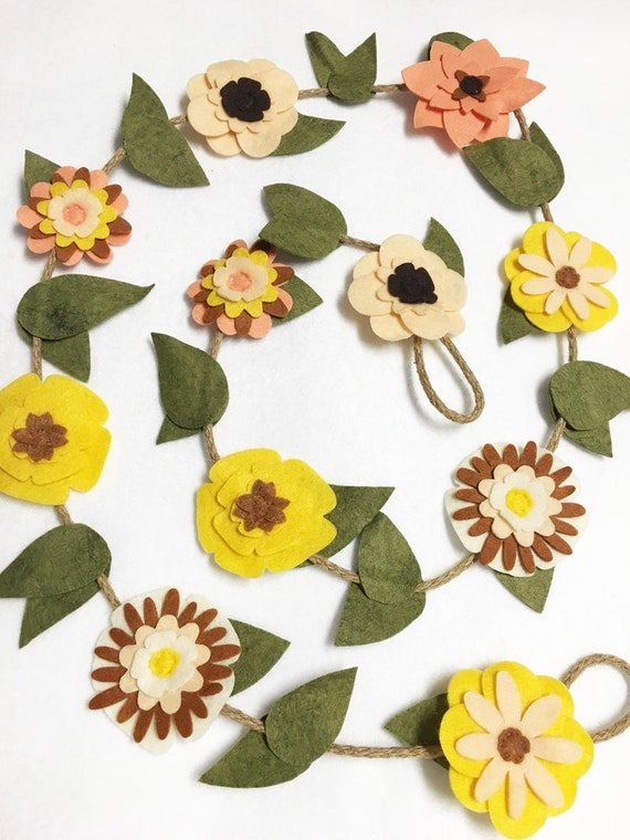 Flower Garland, Yellow and Ivory Blooms, Felt Flower Garland, Rustic Twine, Room Decoration, Wedding, Party Decoration, Nursery Decoration
