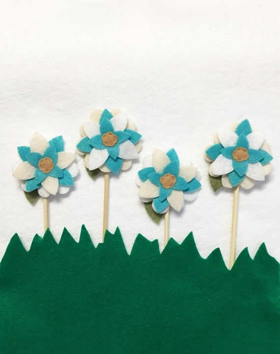 Flower Cupcake Topper, Cake Toppers, Magic, Set of 4 toppers, Wedding Decoration, Garden Party, Fairy Party
