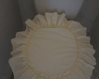 104. Ecru bath set with ruffle for Country look. Has no lace on ruffle or center.  Could be done in all white or any color you would like.