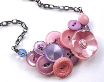 Christmas in July Sale Lavender Pink Flower Vintage Button Statement Necklace