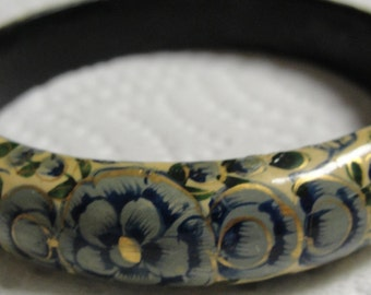 Blue Floral Laqared Bangle Bracelet
