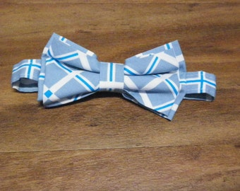 Ready to ship Boy bow tie fits age 5 to 9 years