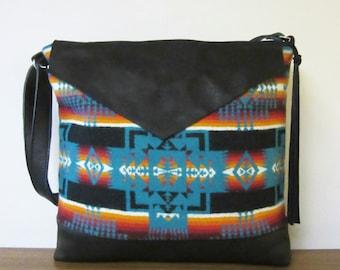 Wool Purse Large Shoulder Bag Messenger Black Leather Adjustable Strap Wool Native American Print