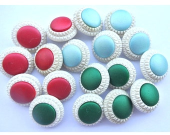 Antique vintage buttons, set of 18 plastic buttons flower image white circle with colored center, 3 colors