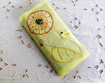 wool felt needle book for hand sewer, gift for embroiderer, needle an scissors keeper accessory for travel, needle book