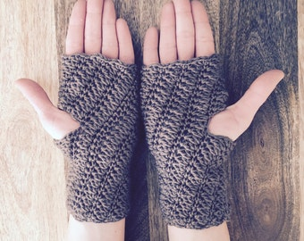 Crochet Pattern - Diane Fingerless Gloves