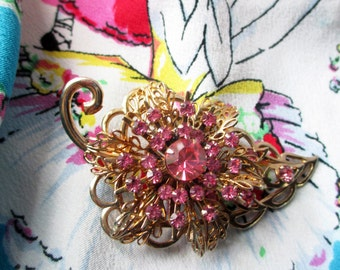 Pink Rhinestone Leaf Brooch Goldtone - Vintage Sparkle