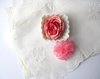 Vintage White Floral Applique Linen Placemats Set of Six