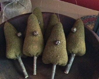 Primitive Wool Christmas Trees Ornaments Ornies Tucks